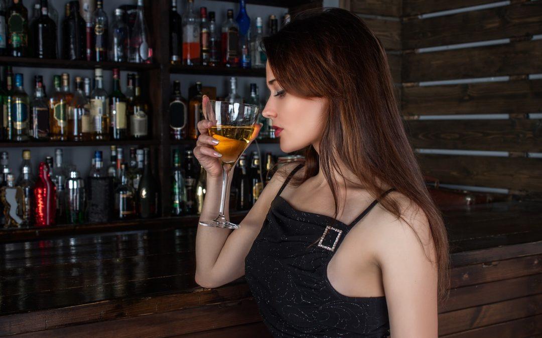 Alkohol na rozluźnienie? Emocje a uzależnienie od alkoholu